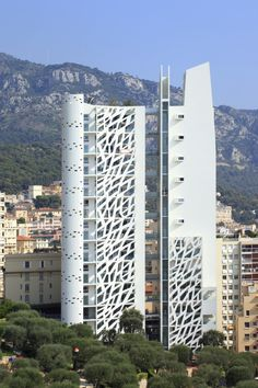 Built by Jean-Pierre Lott Architecte in Monaco, Monaco with date Images by Serge Demailly. Major cities are currently facing up to issues surrounding their growth. Sparse and expensive building land has lead . Architecture Unique, Architecture Awards, Facade Architecture, Unusual Buildings, Interesting Buildings, Amazing Buildings, High Building, Building Design, Monaco