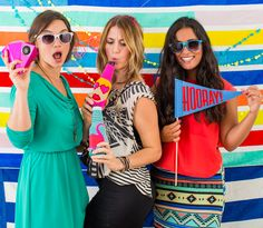 Make a summery photo booth with this DIY.