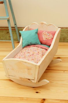 Wooden+Doll+Cradle+Refinished+Shabby+Chic+by+woodpeckerFORESTkids