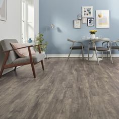 Create the modern neutral look with the wood and stone designs in Karndean LooseLay. Discover the new collection.
