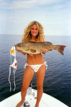 When you talk about inventory of these pictures, look no further than here. quite a large selection of sexy girls fishing photos and I hope you will take the time to enjoy it. Fishing Life, Gone Fishing, Carp Fishing, Best Fishing, Trout Fishing, Saltwater Fishing, Surf Fishing Tips, Fly Fishing Girls, Walleye Fishing Tips