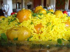 Domingo é dia de comer arroz com pequi assistindo o programa Esquenta da Regina Case na Rede Globo.
