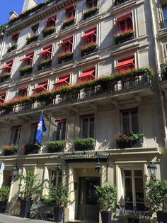 パリのオススメのホテル(L'Hôtel Daniel Paris) part1 : おフランスの魅力