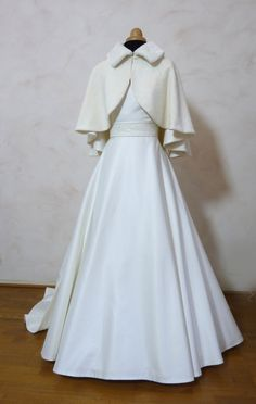 Warm Outfits, Unique Outfits, Outfits For Teens, Vintage Outfits, Dresses To Wear To A Wedding, Modest Wedding Dresses, Bridal Shrug, Pretty Dresses, Marie