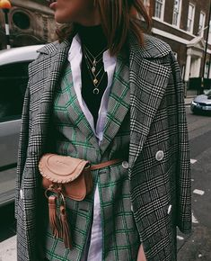 trendy fashion winter outfits ideas for women Source by Fall Fashion 2020 Winter Fashion Outfits, Look Fashion, Stylish Outfits, Trendy Fashion, Street Fashion, Autumn Fashion, Fashion Trends, Trendy Style, Fashion Ideas