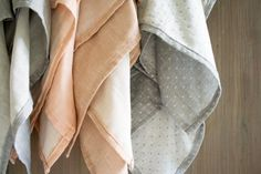 Double Gauze Swaddling Blankets | The Purl Bee instructions. Love