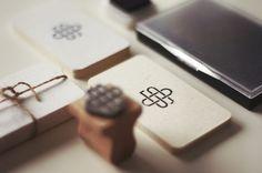 Ejemplos de tarjetas de presentación minimalistas