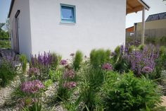 IST House extensive garden, Slovakia http://jrkvc.sk/IST-Rodinny-dom