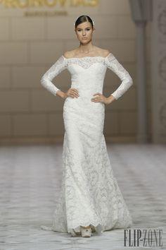 Pronovias Collezione 2015 - Sposa - http://it.flip-zone.com/fashion/bridal/the-bride/pronovias-4739