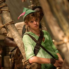 - 2 images, go to tumblr post - dreamworkin: petition to cast thomas brodie-sangster as peter pan