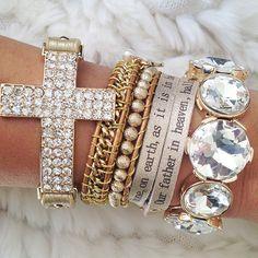 Cute accessories .@ queenpee