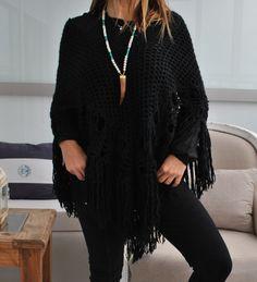 Poncho Cozy Winter negro by #FreeLoveIbiza