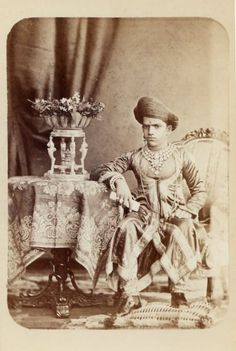 Sayajirao Gaekwad III of Baroda - 1880 cabinet card photo Indian Sword, Black Royalty, Indus Valley Civilization, Art Optical, Old Portraits, States Of India, Vintage India, Royal House, Vintage Photos