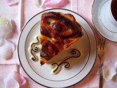 Torta di rose con crema pasticcera e gocce di cioccolato - Brioche roses cake with pastry cream and chocolate chip