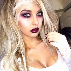 A pretty zombie add a little blood and veins Halloween Inspo, Halloween Make Up, Halloween Party, Halloween 2018, Hallowen Costume, Creative Halloween Costumes, Costume Ideas, Ivy Costume, Pretty Zombie Makeup