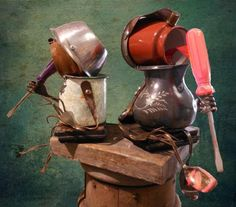 Who knew how adorable pitchers & screwdrivers could be? Popsicle kids sculpture by Negrotto's Gallery: Dishfunctional Designs: Robots Made From Found Objects