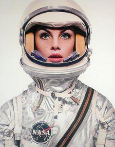 http://sssspace.tumblr.com/post/23828515246/fuckyeahspaceexploration-space-suit