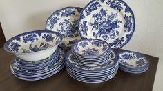 Wedgwood Asiatic Pheasants Blauw Pheasant, Wedgwood, Decorative Plates, Tableware, Kitchen, Home Decor, Dinnerware, Cooking, Decoration Home