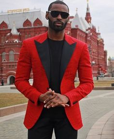 #TBT to my days in Moscow.. Fashion has allowed me to travel and explore some of the most beautiful places this world has to offer #Gentleman