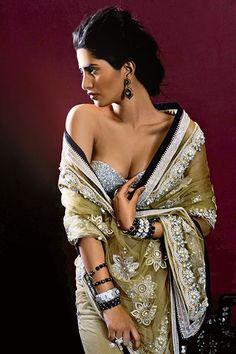 Gorg http://www.TarunTahiliani.com/ #Saree and Blouse | @VOGUEIndia #VogueWeddingShow 2014
