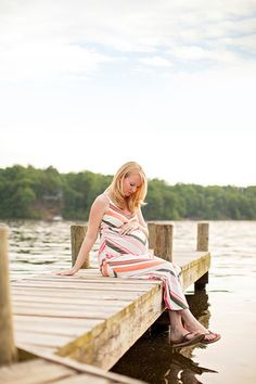 Limefish Studio Photography - Lake Monticello - What to Wear for Maternity Photos - Summer - Spring