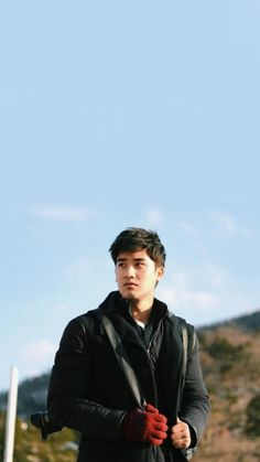 Boyfriend Photos, Thai Tea, Hot Asian Men, Theory Of Love, Boy Face, Boy Photography Poses, Boys Wallpaper, Handsome Faces, Wattpad