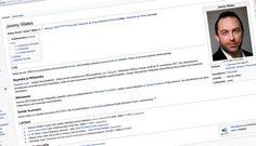 Niinpä toimitus kävi lisäämässä Wikipedian Jimmy Wales -artikkeliin maininnan miehen käynnistä Jyväskylässä.
