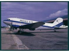 Douglas C-47A-40-DL (YV-505C, c/n 9894) of Midas Air at Caracas in December 1989.