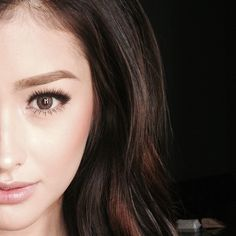 Get brand new hair care tips and hints. Liza Soberano, Hairstyles For Round Faces, Cool Hairstyles, Filipina Beauty, Hot Hair Styles, Asian Hair, Hair Care Tips, Hair Highlights, Pretty Face
