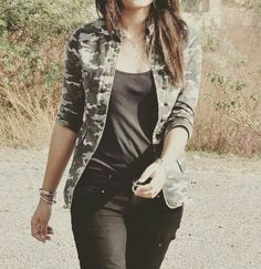 Army Look, Beautiful Girl In India, Stylish Dpz, Cute Girl Poses, Girl Attitude, Stylish Girl Images, Girly Pictures, Friend Outfits, Girls Dpz