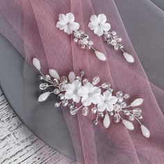 Bridal jewelry floral set: silver headpiece and earrings with white flowers, Rustic headpiece and branch earrings, white flower earrings - - Purple Wedding Jewelry, Bridal Jewelry Vintage, Bridal Jewelry Sets, Wedding Hair Accessories, Headpiece Jewelry, Floral Headpiece, Bridal Hair Flowers, Bridesmaid Gifts, Head Bands