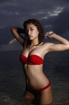 Ikumi Hisamatsu - WPB Net No182