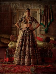 2019 Sabyasachi Charbagh Bridal Lehenga Collection – You will find different rumors about the history of the marriage dress; Indian Bridal Outfits, Indian Bridal Lehenga, Indian Bridal Fashion, Bridal Dresses, Dress Indian Style, Indian Dresses, Indian Clothes, Indian Wear, Sabyasachi Bride