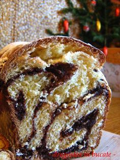 COZONAC PUFOS CU NUCA SI CACAO FARA FRAMANTARE | Dragostea in bucate Cookie Recipes, Dessert Recipes, Artisan Food, Romanian Food, Pastry And Bakery, Sweet Cakes, Recipes From Heaven, Sweet Bread, Just Desserts