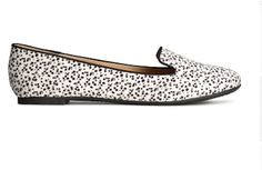 Cruella de Vil would kill for these shoes (just don't let her near the actual puppies) #shoes #101dalmations