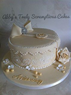 Golden wedding anniversary cake - For all your cake decorating supplies, please visit craftcompany.co.uk