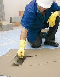 piso sobre piso-espalhe a argamassa de maneira uniforme http://oazulejista.blogspot.com.br/2014/04/como-colocar-piso-sobre-pisopasso-passo.html#axzz2zYjqV23T