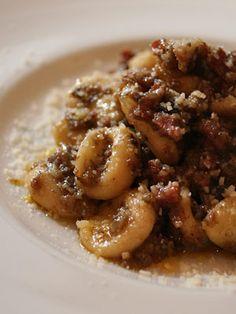 Orecchiette con Ragu di Salame Crudo / Pasta #Higuccini