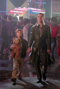 """Jude Law and Haley Joel Osment in """"Artificial Intelligence: AI"""" (2001)"""