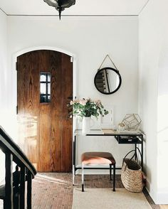 napoleonfour — oldfarmhouse: Tiny foyer, big personality. ...