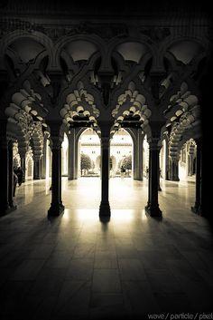 Castillo Palacio de la Aljaferia, Zaragoza, Spain. © Wave / Particle / Pixel