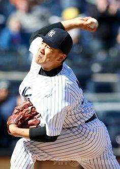 14MLB、ニューヨーク・ヤンキース(New York Yankees)対シカゴ・カブス(Chicago Cubs)。先発登板するニューヨーク・ヤンキースの田中将大(Masahiro Tanaka、2014年4月16日撮影)。(c)AFP/Getty Images/Elsa ▼17Apr2014AFP|田中、8回無失点10三振の好投で2勝目 指揮官称賛 http://www.afpbb.com/articles/-/3012831 #MasahiroTanaka #Yankees