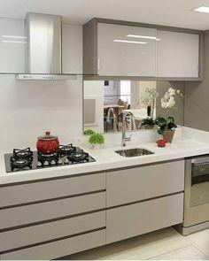 8 Optimistic Clever Hacks: Minimalist Home Kitchen Open Shelves feminine minimalist decor colour.Feminine Minimalist Decor Colour minimalist home declutter posts. Kitchen Interior, New Kitchen, Home Interior Design, Kitchen Decor, Interior Ideas, Minimalist Home Decor, Minimalist Kitchen, Minimalist Interior, Minimalist Living