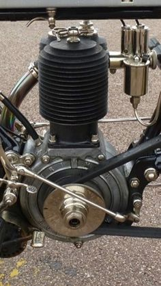 Vintage Motorcycles Classic Vintage : Photo More - Motos Vintage, Vintage Bikes, Vintage Cars, Motor Engine, Motorcycle Engine, Retro Motorcycle, Classic Motorcycle, Antique Motorcycles, American Motorcycles