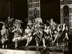 An all-girl jazz band from the lost 1925 silent film, The Making of O'Malley. (Bizarre Los Angeles / Sad Hill )