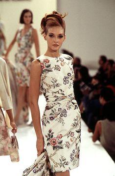 Oscar de la Renta - Ready-to-Wear Spring / Summer 1996 #Oscardelarenta #fashion #readytowear #90sfashion #vintage
