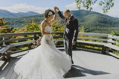 Rustic Peach Wedding at Onteora Mountain House | Photos by Tatiana Breslow and Ryan Brenizer via http://junebugweddings.com/wedding-blog/rustic-peach-wedding-onteora-mountain-house/