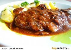 Pikantní krkovice na žampionech recept - TopRecepty.cz No Salt Recipes, Meat Recipes, Cooking Recipes, Food 52, Easy Cooking, Food And Drink, Pork, Menu, Yummy Food