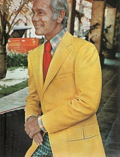 Johnny Carson IT, circa Bold color choices. Here's Johnny, Johnny Carson, Golden Age Of Hollywood, Classic Hollywood, Ephesians 5 11, Childhood Movies, Retro Pop, Comedians, Suit Jacket