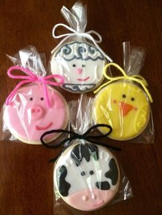 Farm Animal Cookies - perfect party cookies! by AmbersPartyCookies on Etsy https://www.etsy.com/listing/224380425/farm-animal-cookies-perfect-party